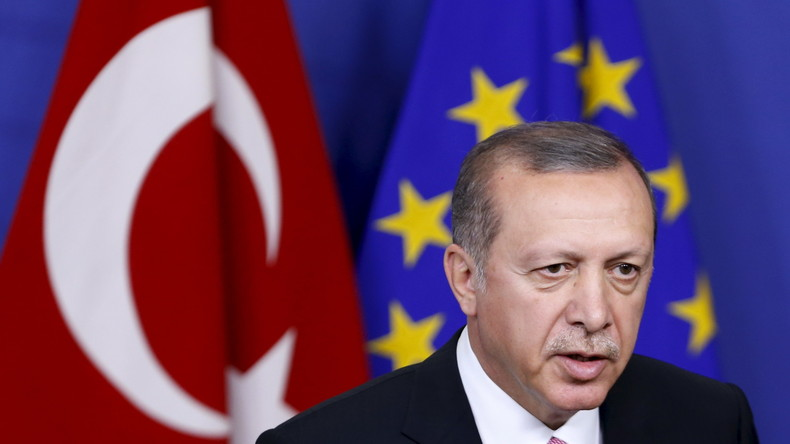 """Erdogan: """"EU spielt schwarze Komödie und ist selbst sicherer Hafen für Terrorgruppen"""""""
