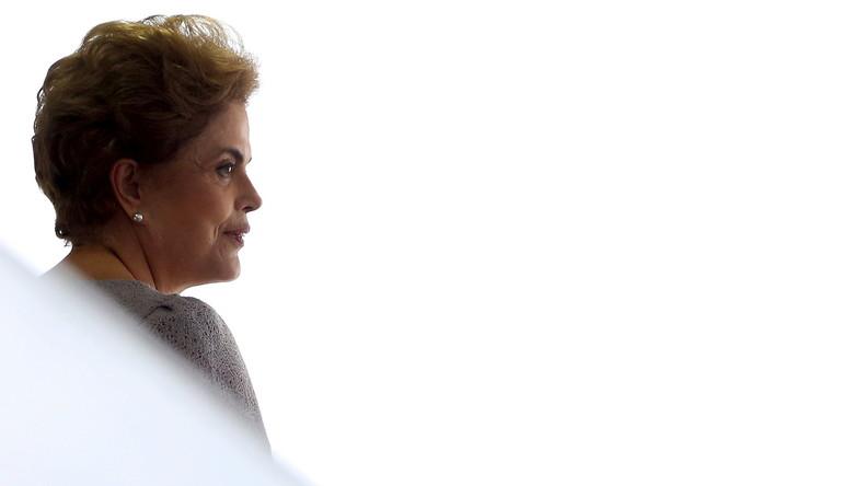 Politische Krise in Brasilien: Die erste Frau im Präsidentenamt ist vom Dienst suspendiert