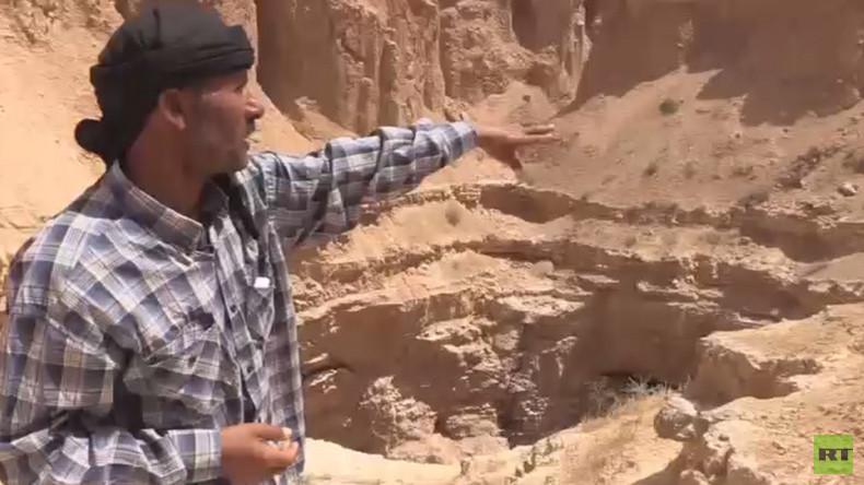 Neue Beweise für IS-Gräueltaten: RT entdeckt ein Massengrab nahe Rakka