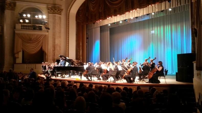 Im Konzert: Deutsche Austauschschülerin berichtet RT von ihrem Leben in Russland