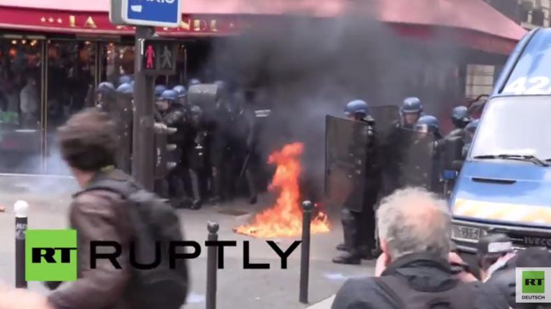 Paris: Molotow-Cocktails auf Polizisten – Ausschreitungen bei Protest gegen Arbeitsrechtsreform