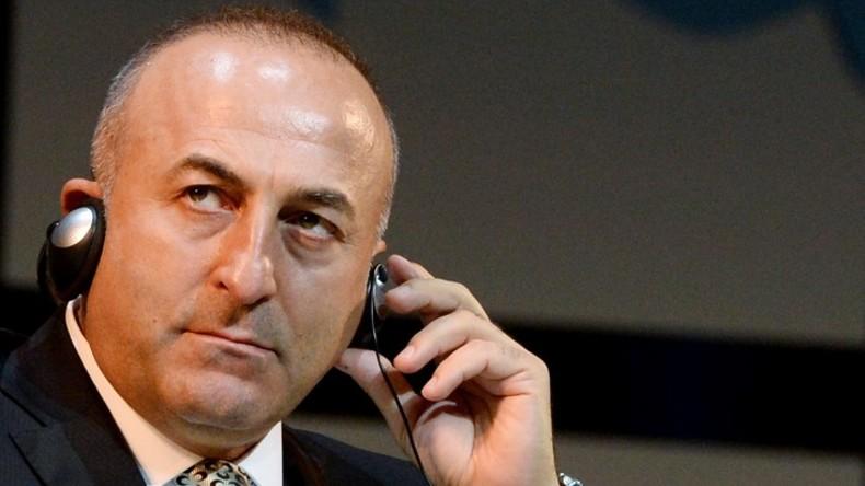 """Der türkische Außenminister tritt zurück, sollten """"Kontakte zwischen Ankara und IS bewiesen"""" werden"""