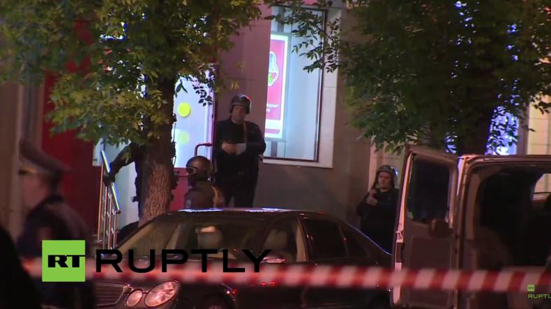 Live: Geiselnahme in Moskauer Bank