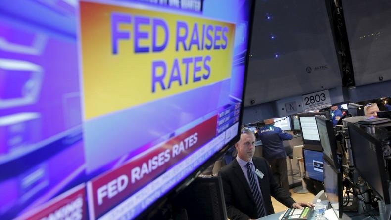 Dollar-Hegemonie bröselt: Russische Aktien beste Finanzanlage des Jahres