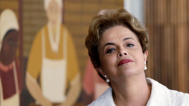 RT im Gespräch mit Brasiliens suspendierter Präsidentin Dilma Rousseff