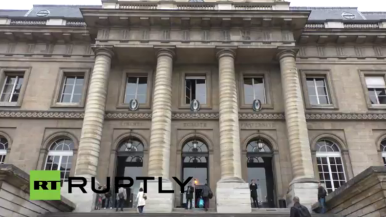 Live: Mutmaßlicher Paris-Attentäter Abdeslam erscheint zur ersten Anhörung vor Gericht