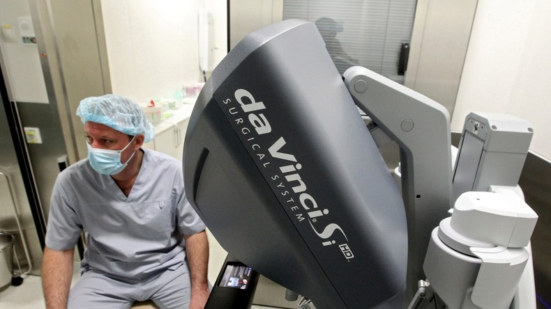 Roboterchirurgie: Ärzte können heute weltweit roboterunterstütze Operation in Russland verfolgen