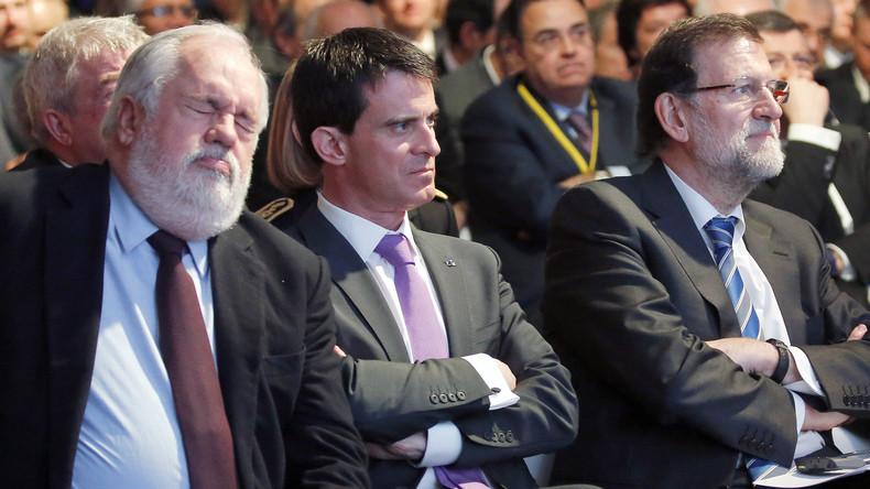 Das könnte schmerzhaft werden: Der EU-Kommissar für Energiepolitik, Arias Cañete (links), hat auf Konten seiner Frau ziemlich viel Geld im Ausland angelegt. Frankreichs Premierminister Manuel Valls (mitte) dürfte dies weniger gefallen als Spaniens Premier Mariano Rajoy (rechts).