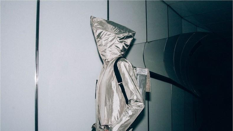"""Niederländische Designer erfinden Anti-Überwachungs-""""Tarnkappe"""" zum Schutz privater Daten"""