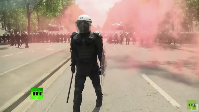 Demonstration gegen Arbeitsrechtsreform in Brüssel eskaliert