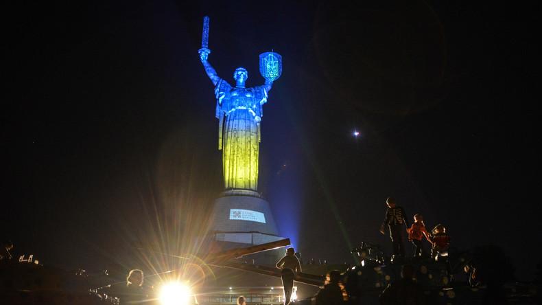 """Entkommunisierung nach Kiewer Art: """"Mutter Heimat"""" soll ihres Schmucks beraubt werden"""