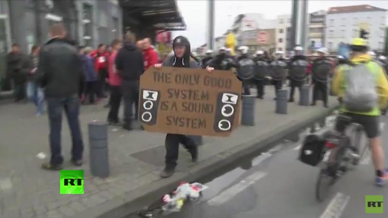 Zehntausende Gewerkschafter protestieren gegen Austeritätspolitik in Belgien