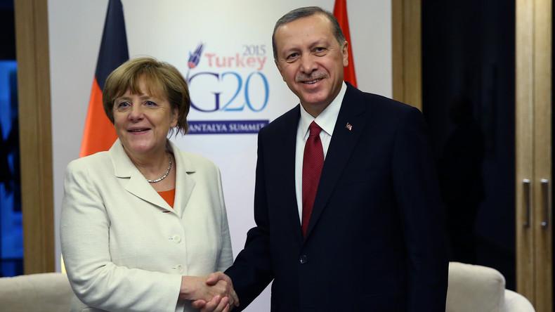 Umfrage: 77 Prozent der Deutschen wünschen sich härtere Haltung Merkels gegenüber Erdogan