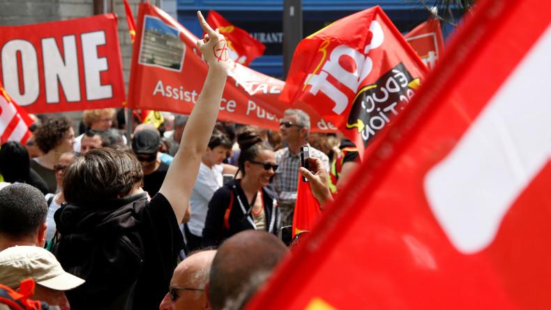 Atomkraftwerke bestreikt - Gewerkschaften schalten Frankreich den Strom ab