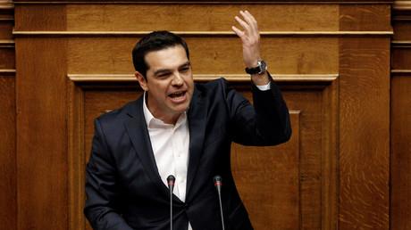 Ministerpräsident Alexis Tsipras vor der Parlamentsabstimmung zum umstrittenen Gesetzespaket