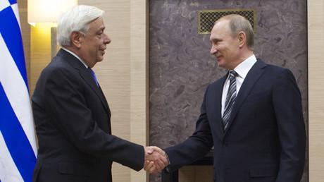 Der russische Präsident Wladimir Putin und der griechische Präsident Prokopis Pavlopoulos
