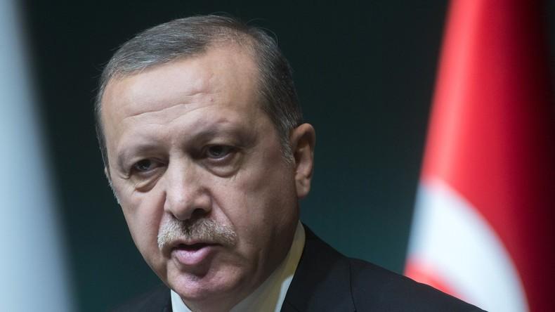 Erdogan will die Beziehungen zu Russland verbessern, weiß aber nicht wie