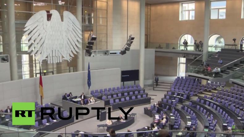 """Live: Bundestag stimmt über """"Völkermord an Armeniern"""" ab – Merkel nimmt nicht teil"""