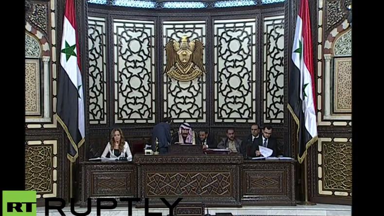 Live: Syriens neu-gewähltes Parlament wird zur ersten Sitzung einberufen