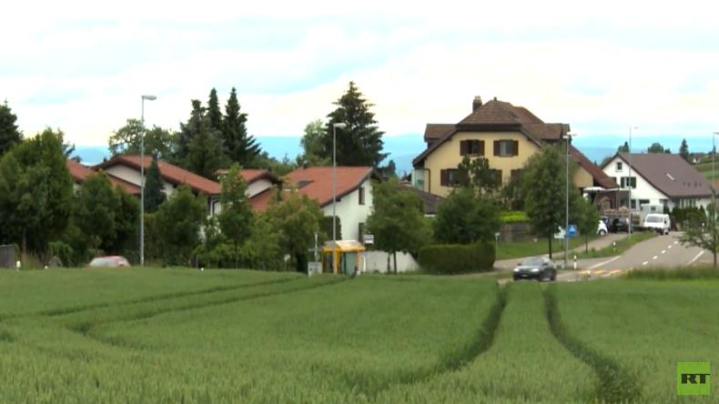 Schweizer Millionärsdorf stimmt gegen Aufnahme von 10 Flüchtlingen und zahlt lieber Bußgeld