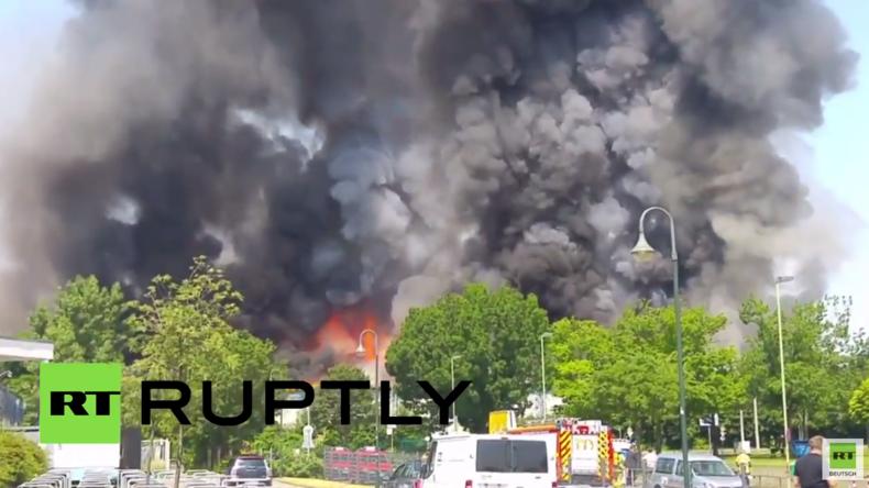 Großbrand zerstört Flüchtlingslager in Düsseldorf – Sechs Menschen verhaftet