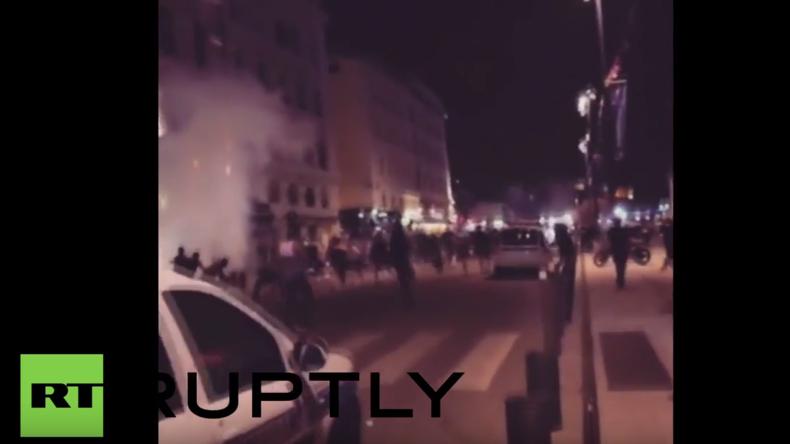 Frankreich: Polizei feuert mit Tränengas auf Fußballfans in Marseille