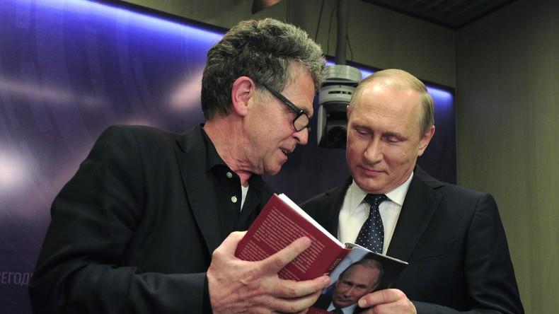 """Buchvorstellung auf Medienpanel in Moskau:  """"Putin. Innenansichten der Macht"""" von Hubert Seipel"""