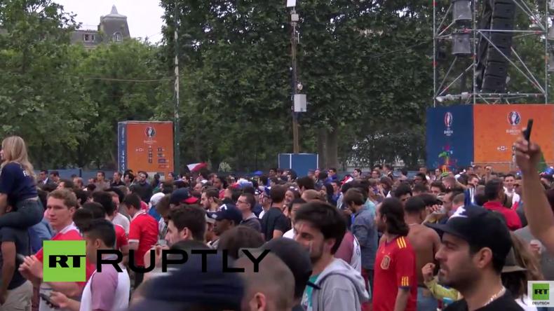 Live von Pariser Fanzone zum EM-2016 Eröffnungsspiel: Frankreich gegen Rumänien