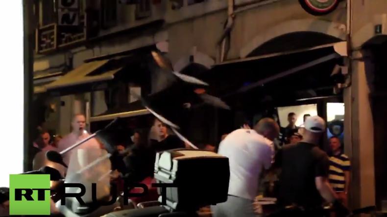 Frankreich: Englische und russische Fußballfans liefern sich Massenschlägerei in Marseille