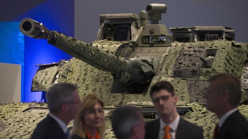 Internationale Waffenmesse in London, 2015.