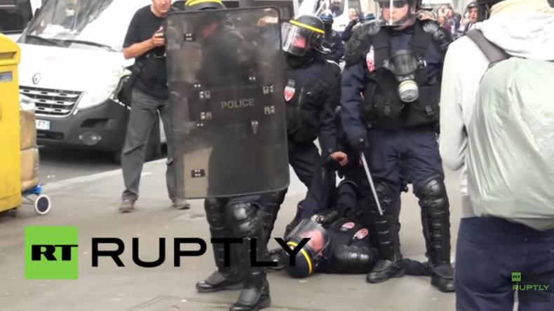 Frankreich: 20 Polizisten nach schweren Protesten gegen Arbeitsrechtsreform in Paris verletzt
