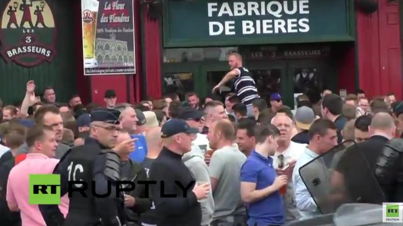 Live aus Lille: Angespannte Stimmung - Englische Fußballfans suchen nach Russen, um sich zu prügeln