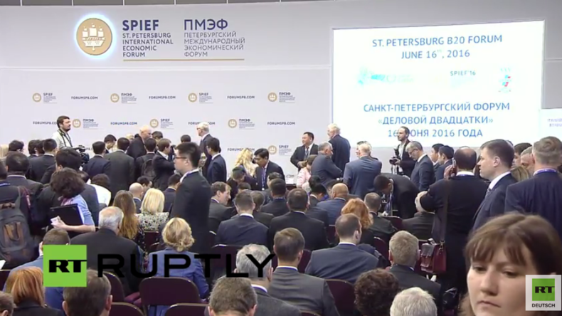 Live aus Russland vom internationalen St. Petersburger Wirtschaftsforum