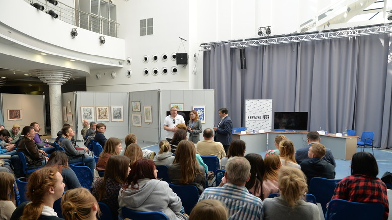 Eurasia.dok-Festival in Smolensk - Wie entstehen Farbrevolutionen?