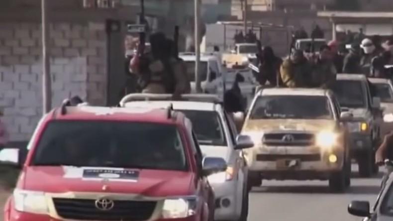 Ärzte und Augenzeugen berichten RT: Verletzte IS-Kämpfer mit Pickups direkt in die Türkei gebracht