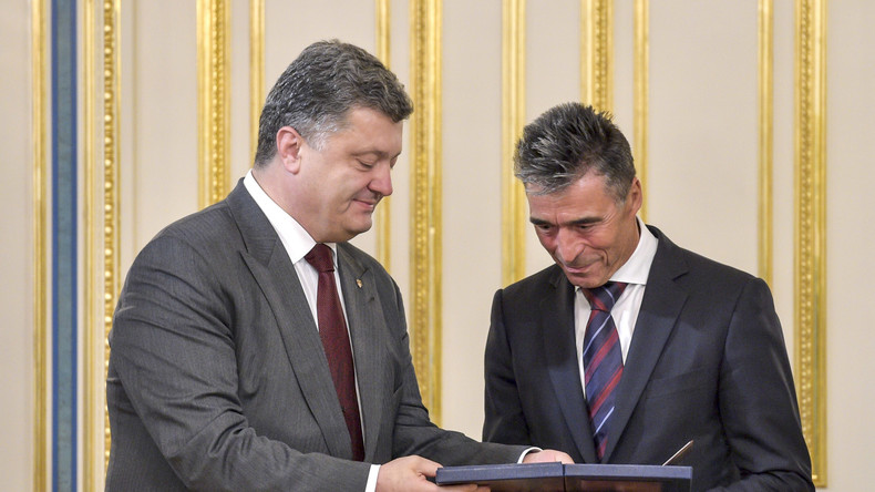 """Ex-NATO-Generalsekretär Rasmussen empfiehlt Poroschenko """"Schnellsieg-Strategie"""""""
