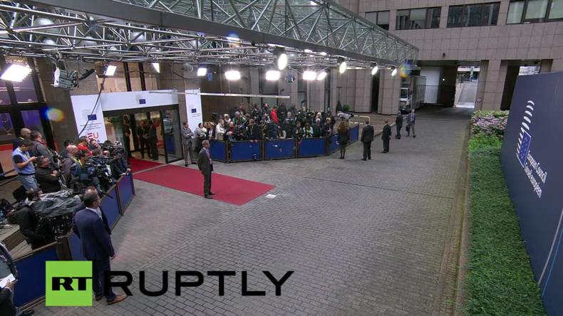 Live: Tag Zwei der Sondersitzung des Europäischen Rats zum Brexit - Ankünfte