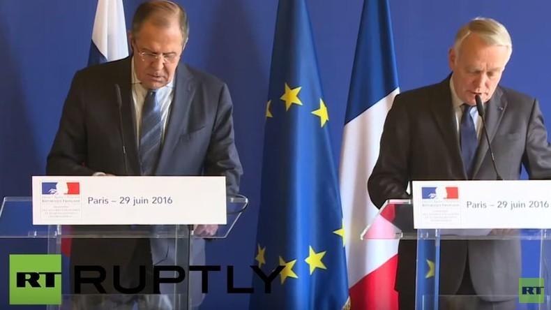 Live: Lawrow trifft französischen Außenminister Ayrault in Paris: Pressekonferenz - englisch