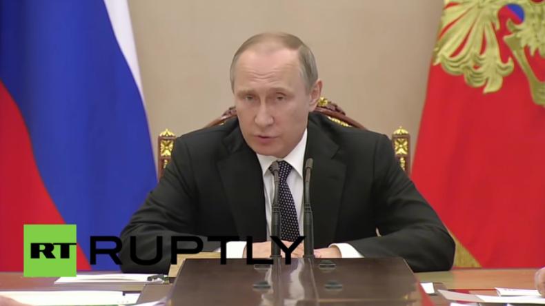 Putin nach Telefonat mit Erdogan: Wir werden die Beziehungen zur Türkei wieder normalisieren