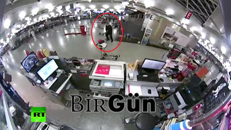 Neues Überwachungsvideo aus Istanbul zeigt Flughafen-Attentäter auf Jagd nach Opfern