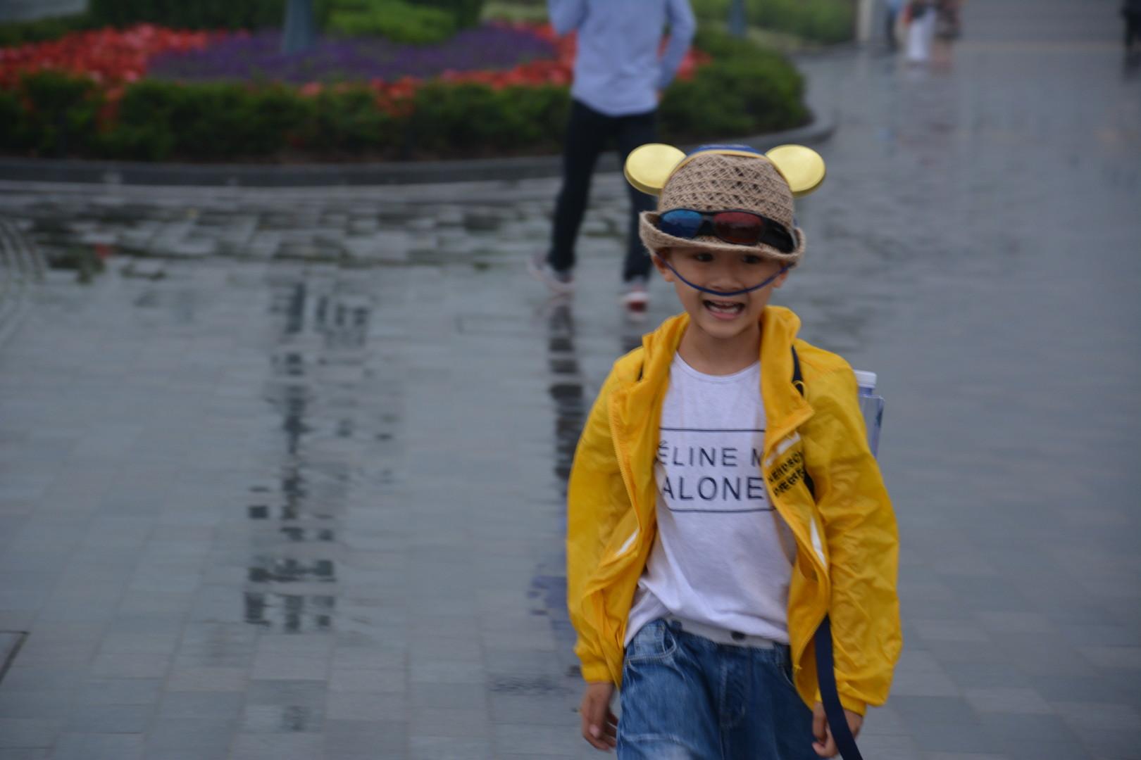 Disneyland-Eröffnung in Shanghai: Mickey Maus ist gnadenlos, spricht Chinesisch und isst Nudeln