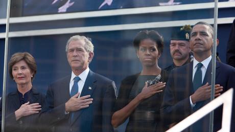 Für die Kameras trauern sie am zehnten Jahrestag der Anschläge - Was wissen George W. Bush und Barack Obama?