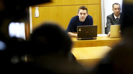 Max Schrems vor seinem ersten Verfahren gegen in Wien im April 2015.