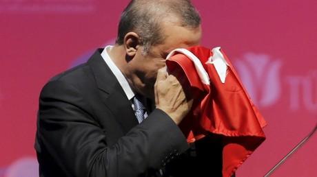 Kreml: Erdogan entschuldigt sich offiziell bei Putin für Tod des russischen Piloten