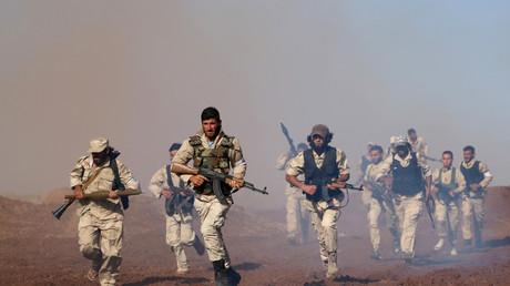 Gut ausgerüstet sind die sogenannten Rebellen, die gegen die Regierung von Bashar al-Assad kämpfen