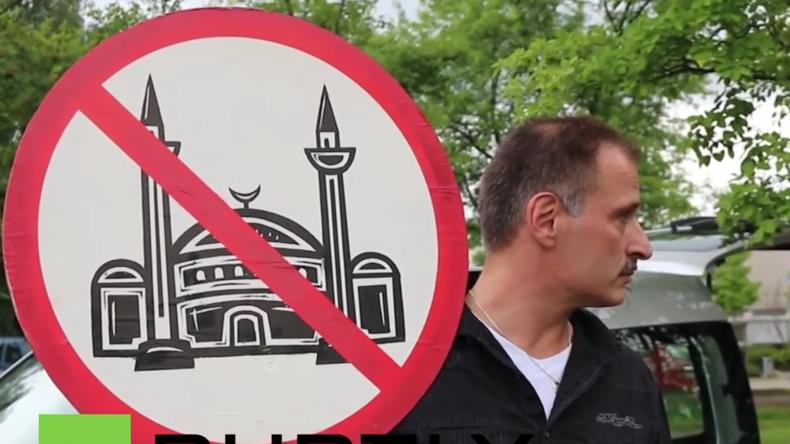 Nordrhein-Westfalen: Debatte über Bau neuer Moscheen bringt Anti-Islam-Proteste nach Monheim