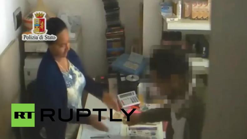 Italien: 38 mutmaßliche Schlepper, denen Mord und Organhandel vorgeworfen wird, verhaftet