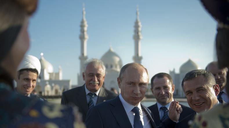 Wladimir Putin wünscht den Muslimen in Russland ein gesegnetes Fastenbrechen