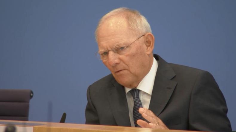 Live: Bundespressekonferenz mit Bundesfinanzminister Schäuble zum Haushaltsplan 2017