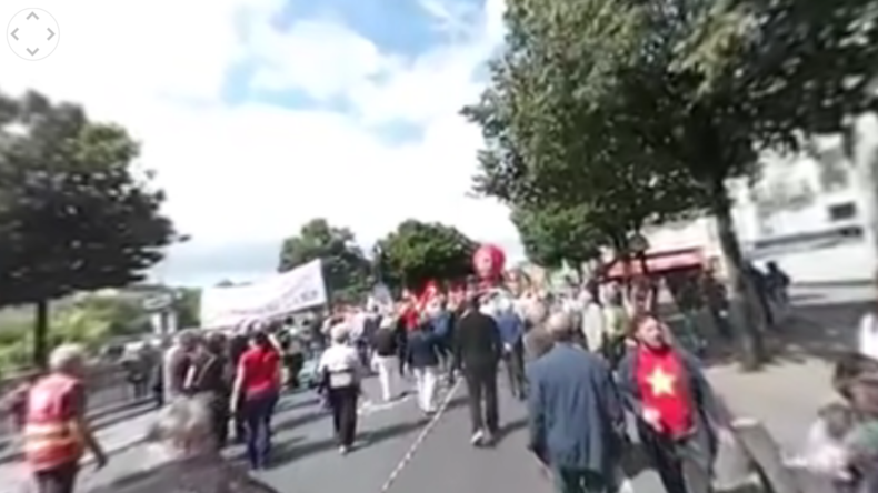 Paris: 30.000 Menschen beim Protest gegen Arbeitsmarktreform in der 360° Perspektive